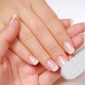Třepení nehtů asuchá pokožka rukou