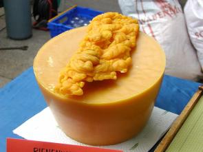 Vyvařování včelího vosku